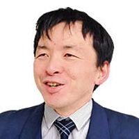 萬直行先生の画像