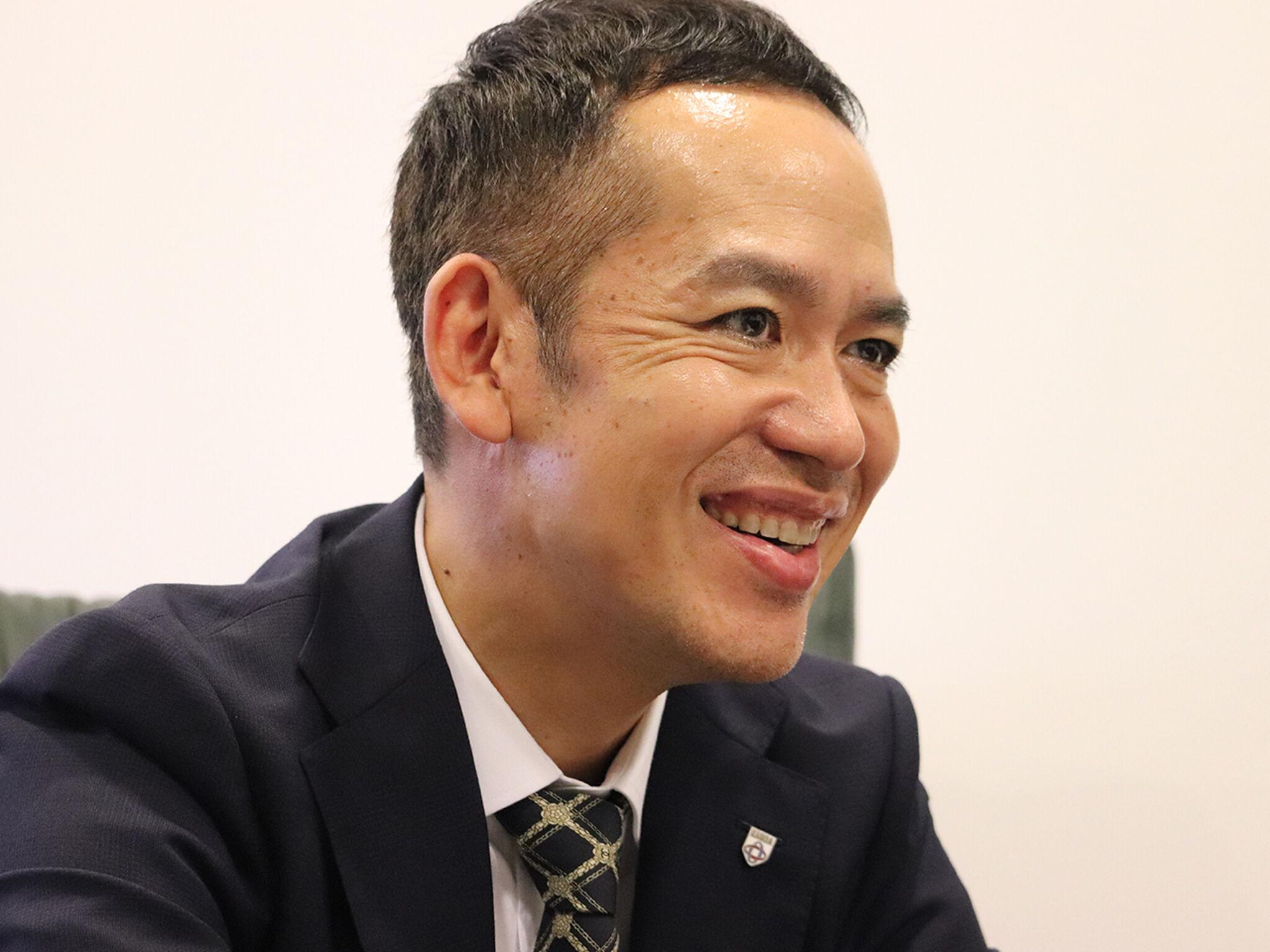 神田外語グループ理事長佐野さんの画像