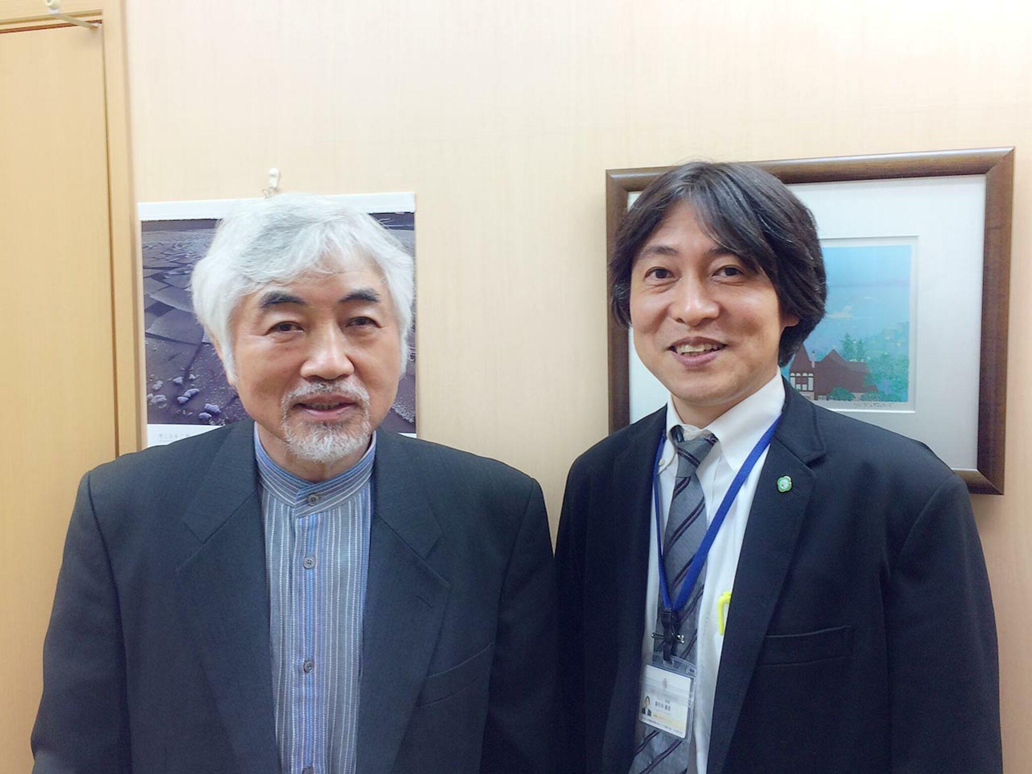 団体理事長とカウンセリングセンター長2人が写っている画像