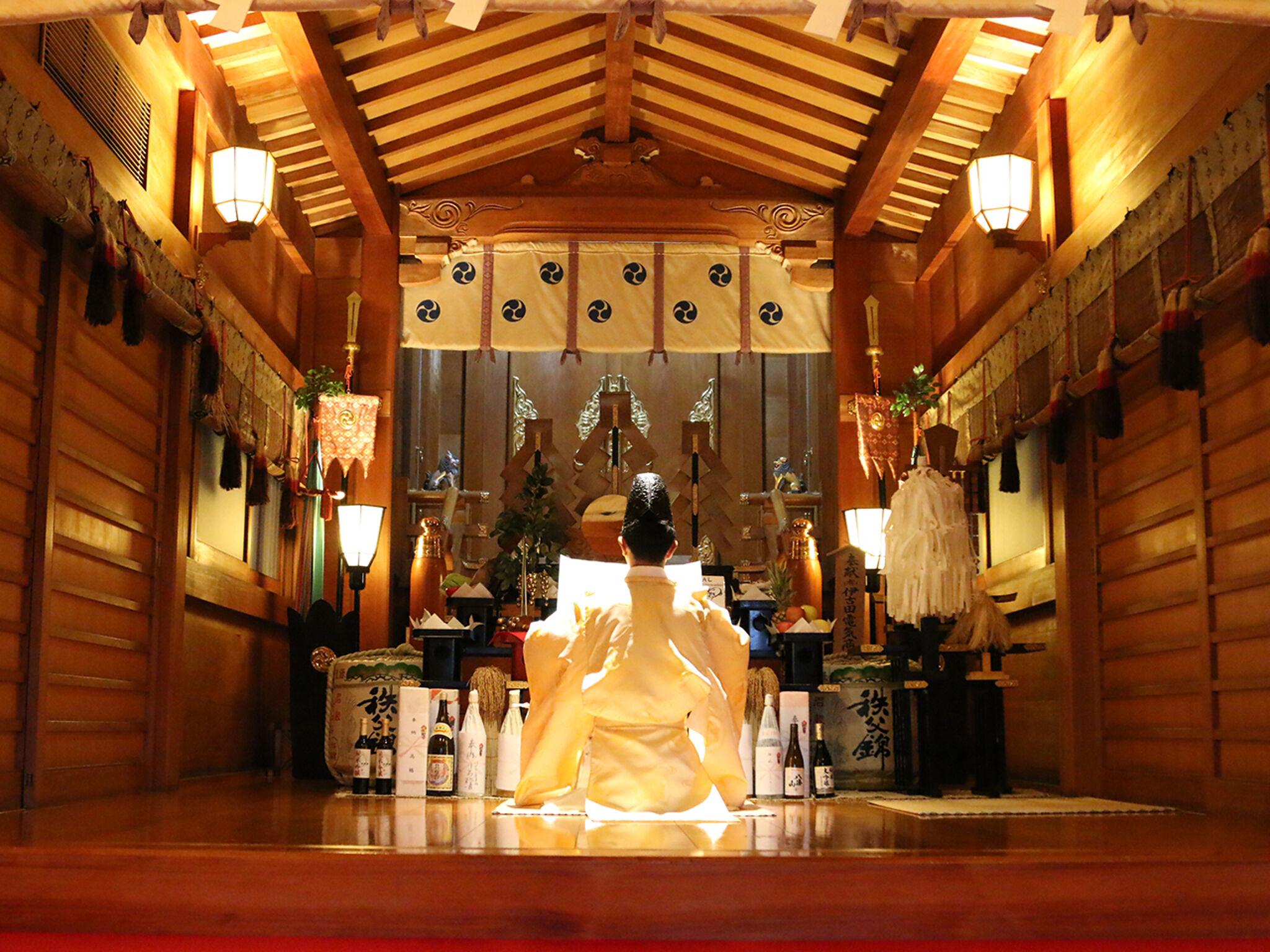 「鎮守氷川神社」