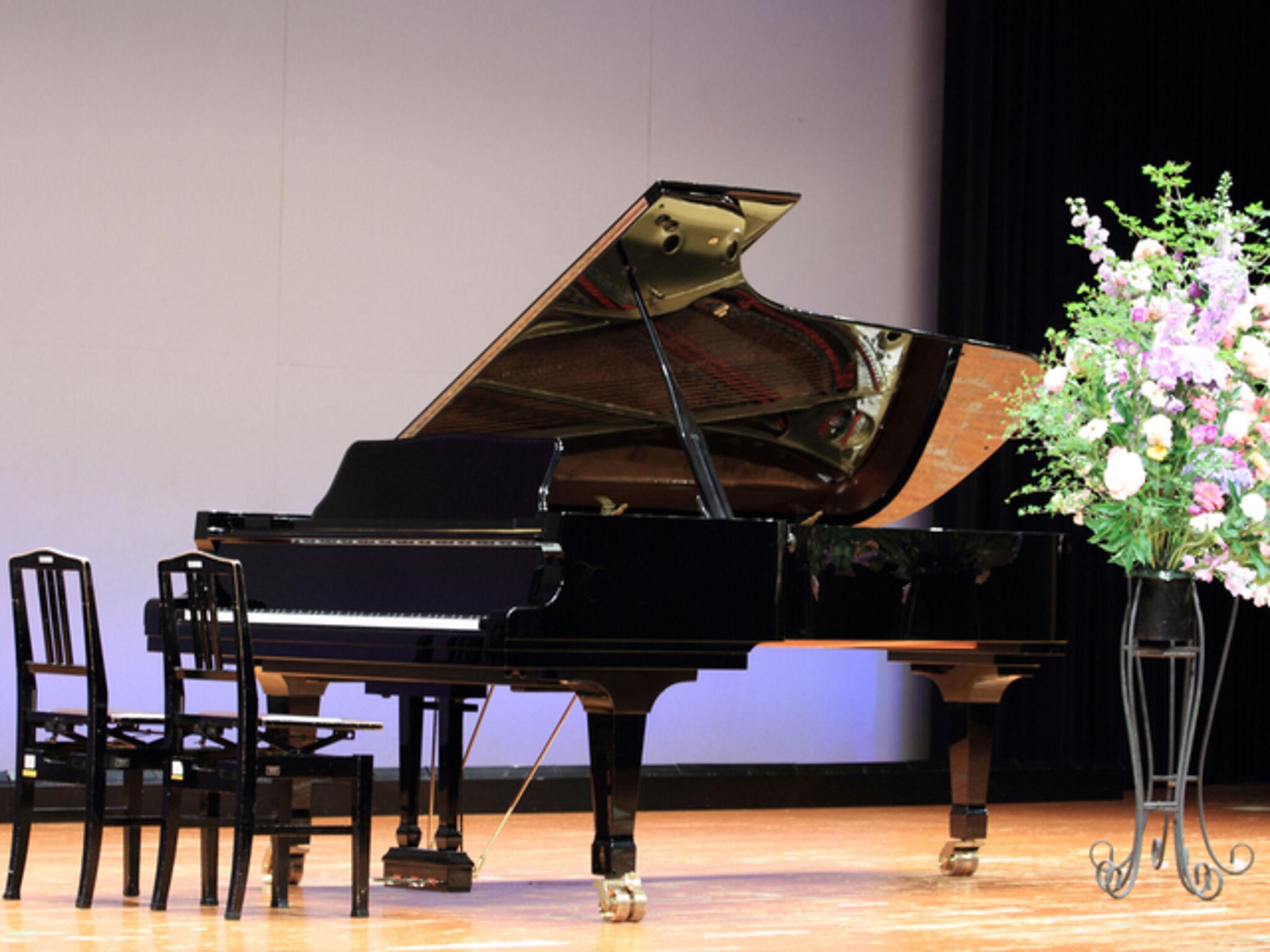 ピアノの発表会の画像
